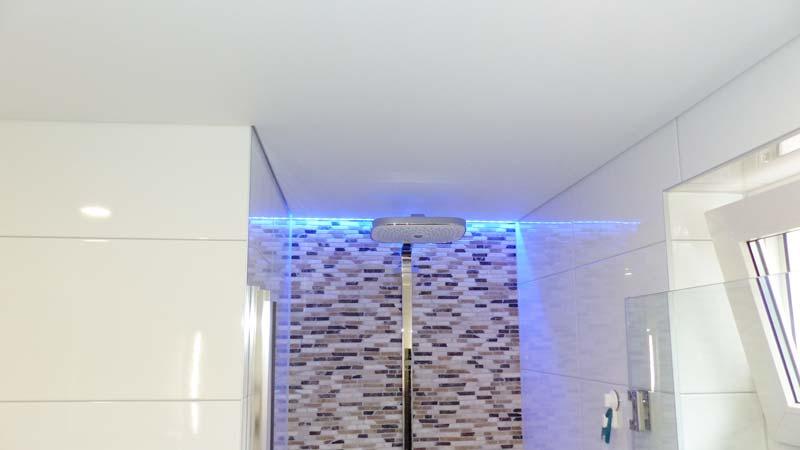 Een spanplafond in de badkamer | Innovatief.be