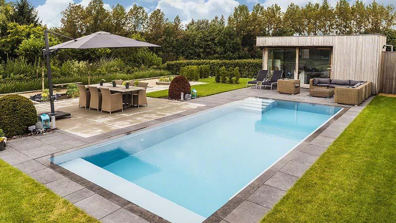 Een zwembad volledig op maat innovatief be