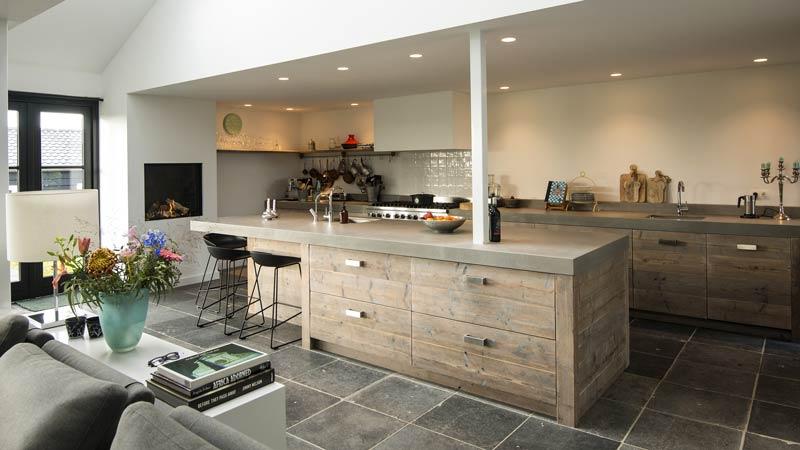 Sloophout voor een nieuwe keuken for Keuken van sloophout