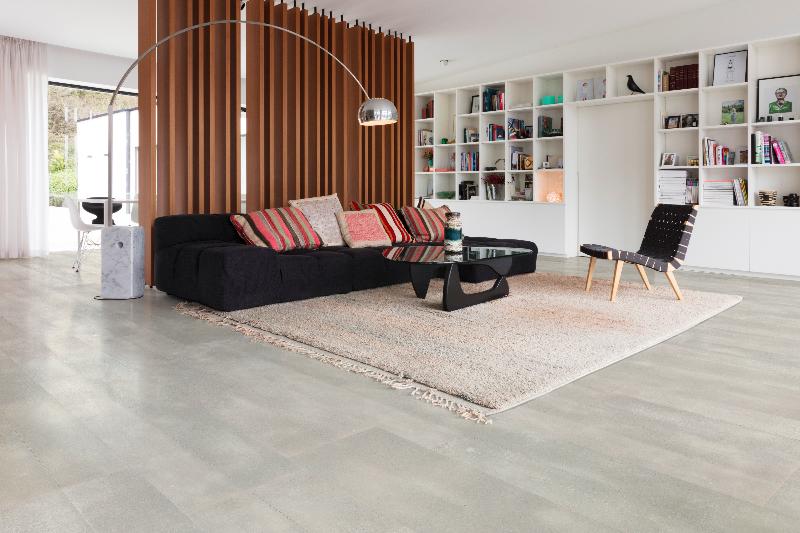 Interieur Combineren Kurk : Betonvloer in combinatie met onderlaag in kurk innovatief be